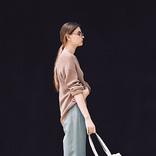 「腰位置高めのパンツ」でスタイルアップ|おすすめパンツの着まわし3選