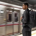 米国LA発の大容量トラベルバックパックの先行販売キャンペーンがもうすぐ終了