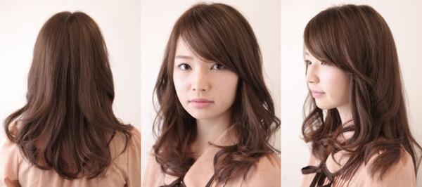 おすすめ3:顔まわり華やかセミロング