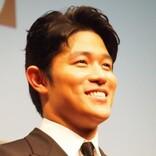 三浦春馬さんが「amazing guy」と尊敬 鈴木亮平『せかほし』新MC就任に「空の上で喜んでると思います」の声