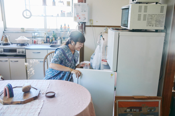 美容師・高山さんの住む2Kのアパート