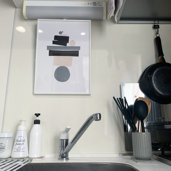 アートのあるキッチンレイアウト