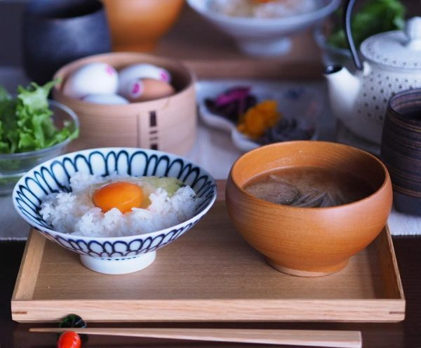 ご飯に合う簡単卵だけレシピ!卵かけご飯