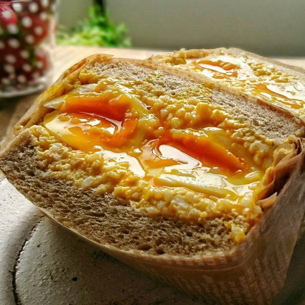 ほぼ卵だけの人気パンレシピ!卵サンド