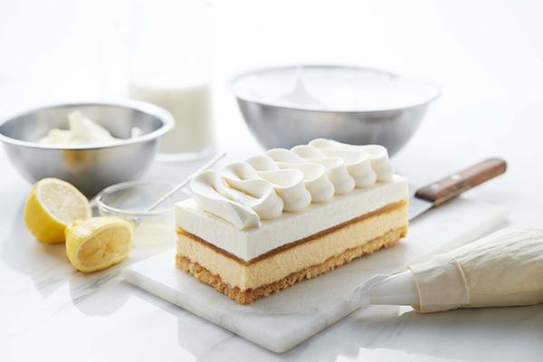 【アンテノール】フロマージュ・サンク~ 5 層仕立てのチーズケーキ~