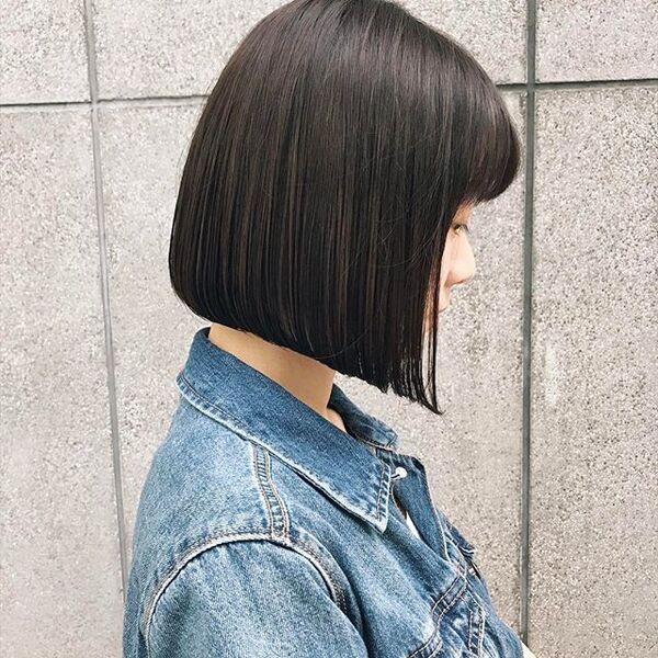冬に人気のトレンドボブ【黒髪】