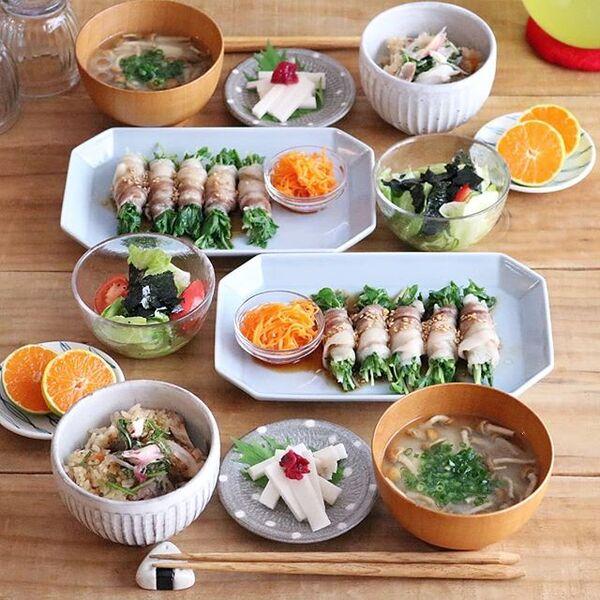夕飯に。豆苗と水菜の豚巻きレンジ蒸し
