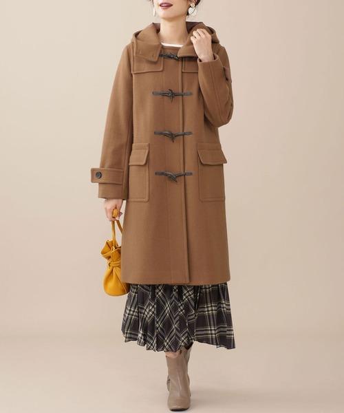 キャメルロングコートの服装