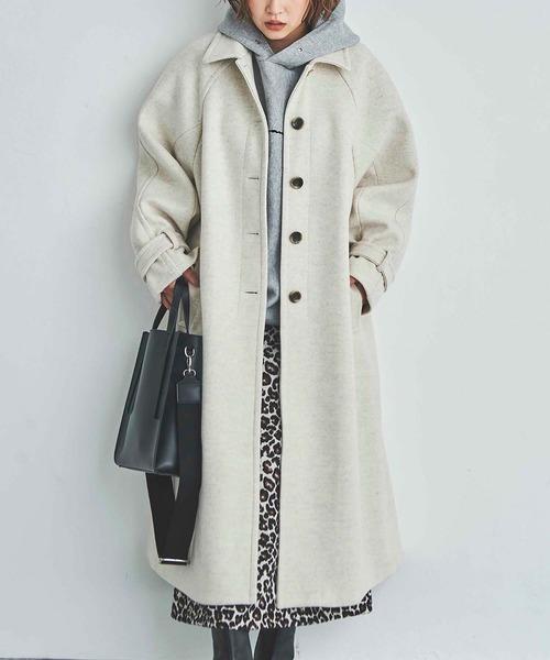 メルトンコートの服装