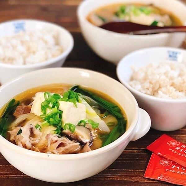 食べるおかずスープ!豚肉と豆腐のピリ辛スープ
