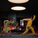 香取慎吾は「面白いやつ」を求められ、宮澤エマはミュージカル女優の本領を発揮 『誰かが、見ている』舞台裏映像第二弾を公開