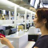 パスポートと別人? 空港スタッフ女性が、内心焦ったお客さまたち