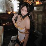 コスプレイヤー凛子が『FGO』イシュタルのコスを披露
