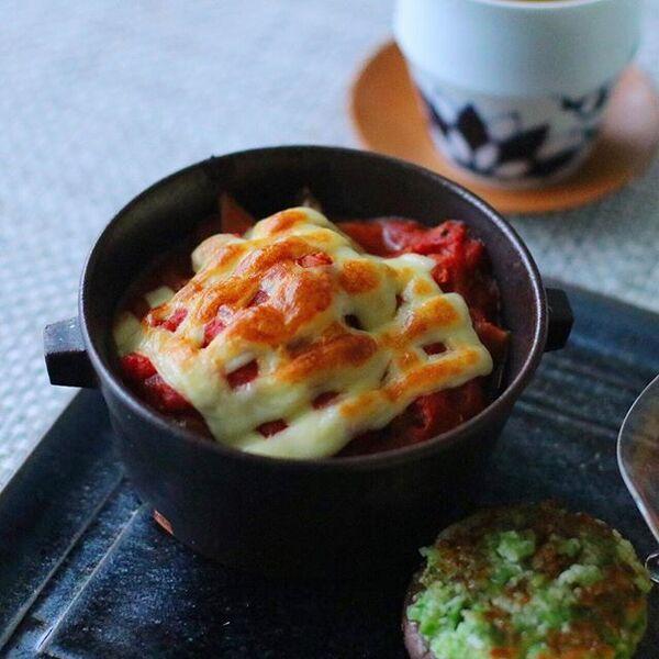 人気料理。豆腐入り鶏つくねのトマト煮込み