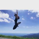 石川恋、躍動感&開放感溢れる夏の思い出ショットが話題