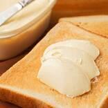 マーガリンとバターの違いは何? 値段や風味で比べると… カロリーが高いのは意外にも