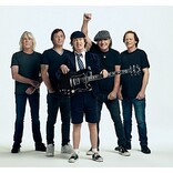 AC/DC、6年ぶりのニューAL『パワーアップ』から1stシングル「ショット・イン・ザ・ダーク」解禁