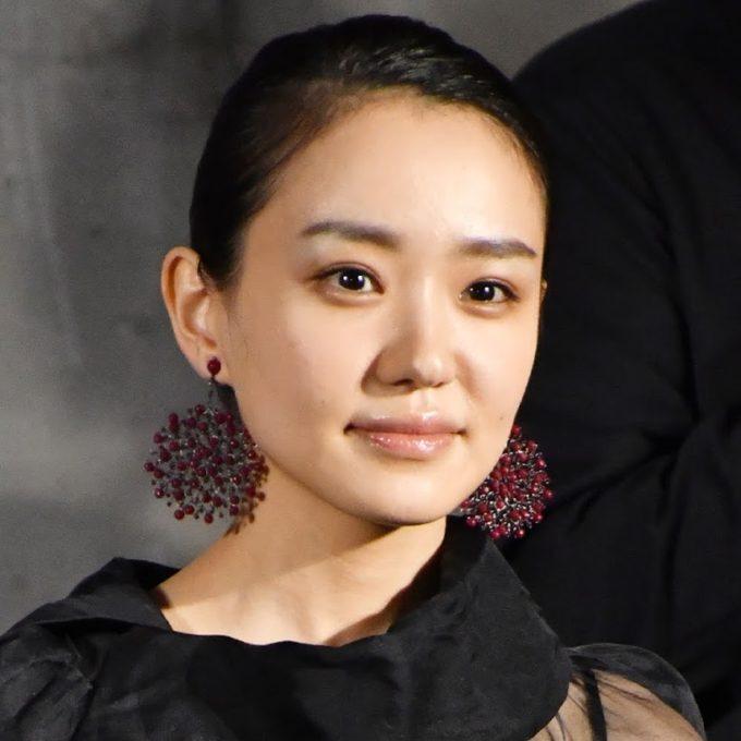 松本穂香、芸能界での唯一の友人・奈緒との交流を明かす「恋バナとか…」