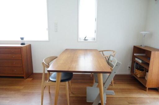 柏木工で購入した「CIVIL(シビル)」シリーズのダイニングテーブル