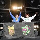 ビッケブランカ、大阪野外イベントでサプライズ登場の岡崎体育と友情ソング「化かしHOUR NIGHT」をライブ初披露