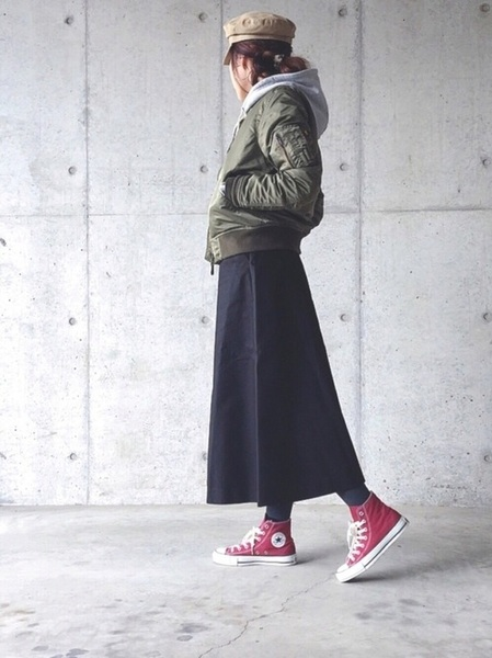 赤コンバース×スカートの冬コーデ4