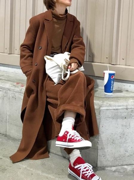 赤コンバース×パンツの冬コーデ2
