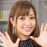 菊地亜美が産後初のバラエティー収録を報告 「表情が柔らかくなった」と評判