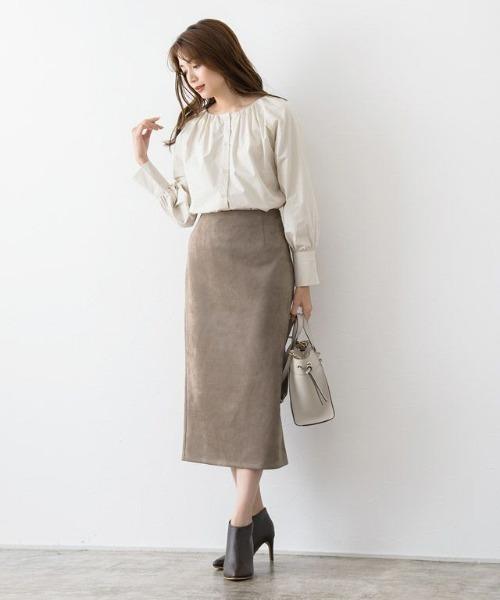 [Pierrot] カットスエードタイトスカート
