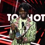 【2020 #BBMAs】リル・ナズ・X feat.ビリー・レイ・サイラス「Old Town Road」が<トップ Hot 100 ソング賞>を受賞
