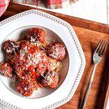 おもてなしに喜ばれる絶品肉料理を紹介!簡単なのに豪華なメニューで盛り上がろう♪
