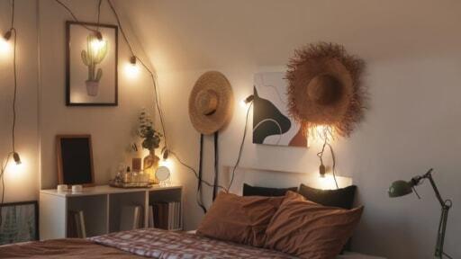 リラックスできる寝室の照明術