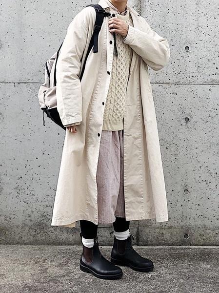 ベージュリュック×シャツワンピの冬コーデ