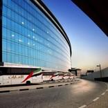エミレーツ航空、ドバイの乗務員送迎バスの3分の1近くをバイオ燃料で運行