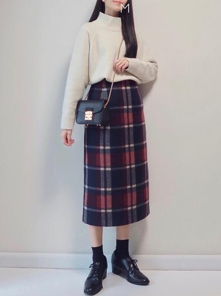 ニット×チェックタイトスカートの冬コーデ