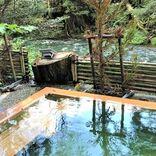 15の湯船が連なる露天風呂で温泉三昧!山中温泉「湯畑の宿 花つばき」【石川・加賀市】