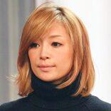 浜崎あゆみ、先輩ママの誕生日を祝う 女の子を抱っこした顔が「いい表情」