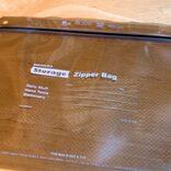 普段使いからアウトドアまで使える「penco×Pake ジッパーバッグ」が最強