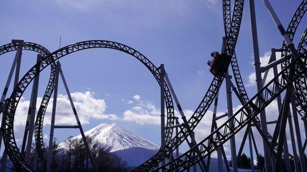 一度は行きたい日本の「富士急ハイランド」
