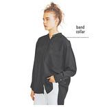 黒バンドカラーシャツ「着まわし」5選|やっぱり使える実力を再確認