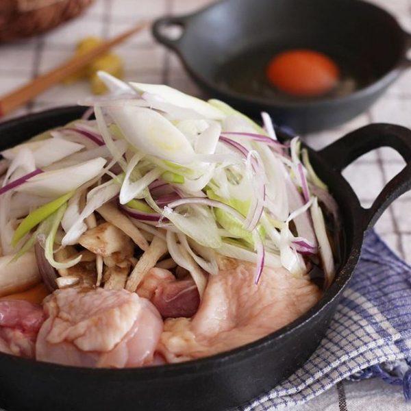 コスパ最高!鶏肉ですき焼き