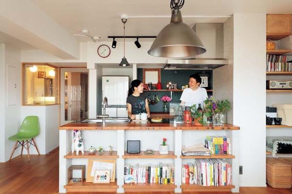 夫婦で作業しやすいオープンキッチンにリノベ