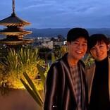 名倉潤「家族のような友人家族たちに囲まれ」52歳の誕生日を祝う 妻・渡辺満里奈への深い感謝と共に