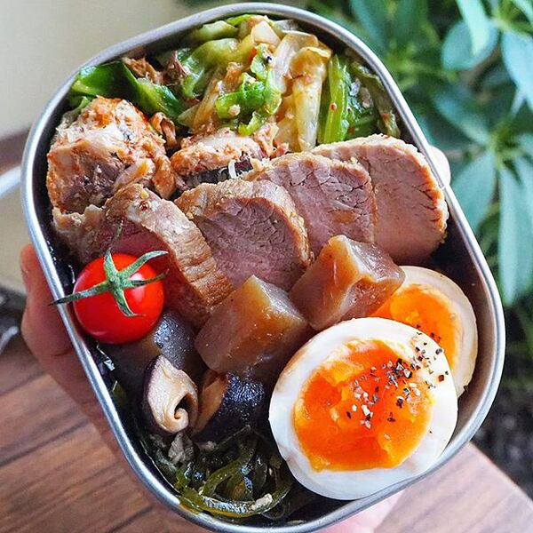水煮のサバ缶とキャベツの簡単キムチ和え