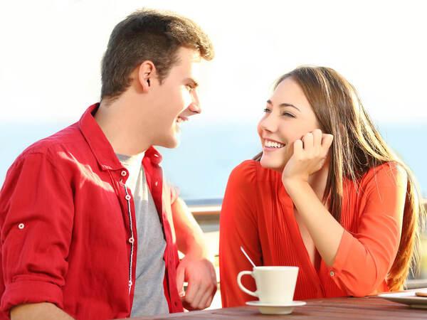 O型男性が「話しやすい人だな…」と思う女性ってどんな人?