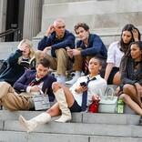 新『ゴシップガール』撮影中 メトロポリタン美術館の階段にキャスト陣が集結
