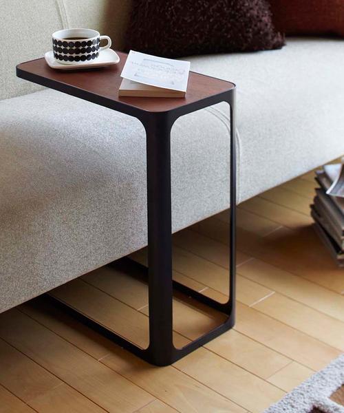 使いやすいデザインのプチプラテーブル