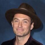 ジュード・ロウ、共演者ジョニー・デップの『ファンタビ』降板は「異常な出来事だった」