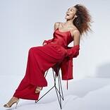 Crystal KayがOfficial髭男dism「I LOVE...」をバラードカバー、20周年記念ALより先行配信
