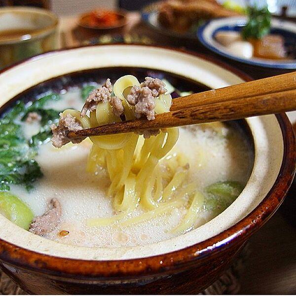 美味しい!人気のシャンタン肉味噌豆乳鍋