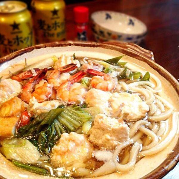 おすすめのレシピ!人気の鶏団子鍋焼きうどん